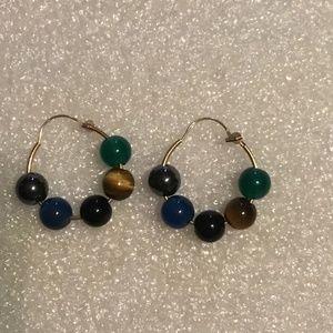 Lovely 14k gold earrings w/ 5 round gem stones